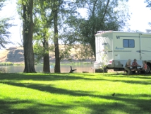 Camping at Sprague Lake Resort